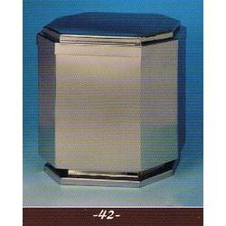 Urna MO-42