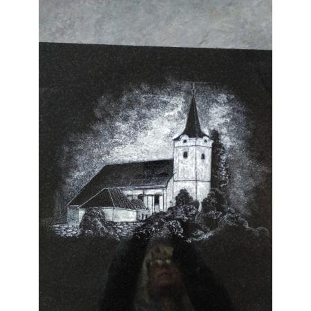 Gravírování - kostel velikost cca 20 x 25 cm